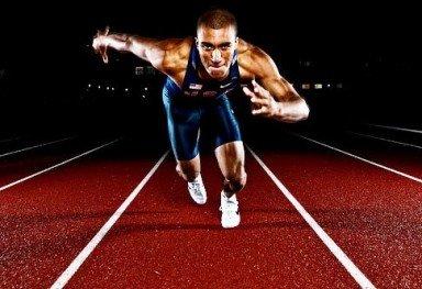 Эштон Итон завоевал золотую медаль в десятиборье на Олимпийских играх в Лондоне