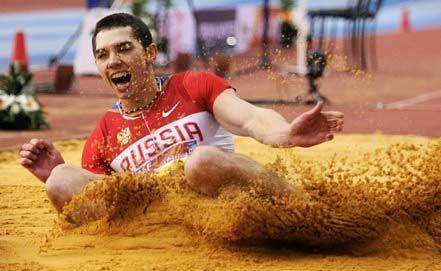 Александр Меньков – победитель двенадцатого этапа «Бриллиантовой лиги 2012» в прыжках в длину