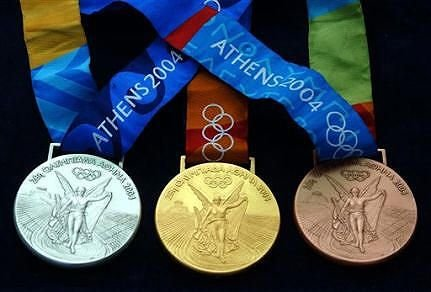 МОК лишил Светлану Кривелеву и Ивана Тихона медалей Олимпиады-2004