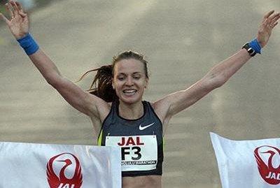 Валентина Галимова и кениец Уилсон Кипсанг стали победителями 40th Honolulu Marathon