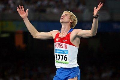 Олимпийский чемпион-2008 Андрей Сильнов пропустит зимний легкоатлетический сезон из-за травмы