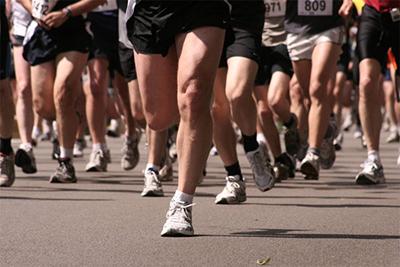 Бегунья из Японии Сакота Норико пробежала на Иссык-Куле свой 990-й марафон