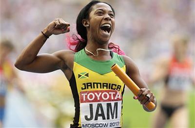 Чемпионат мира 2013 - 4х100 м - Женщины + Видео