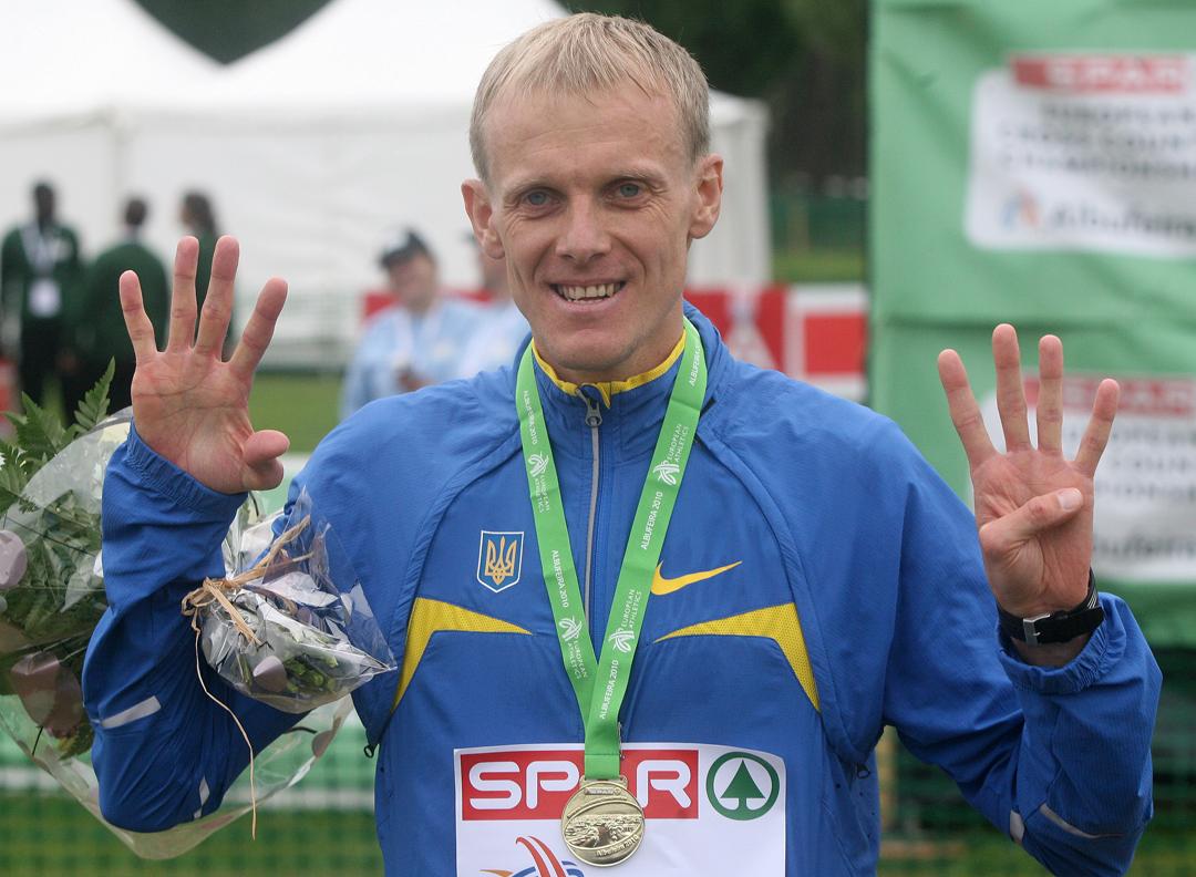 Сергей Лебедь признан лучшим легкоатлетом Европы в ноябре!