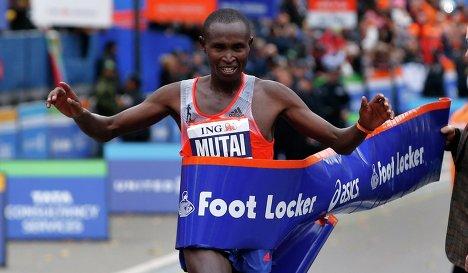 Кенийцы Мутай и Джепту выиграли Нью-Йоркский марафон