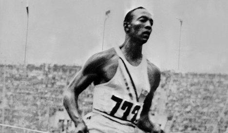 Олимпийская медаль Оуэнса 1936 года будет выставлена на онлайн-аукцион