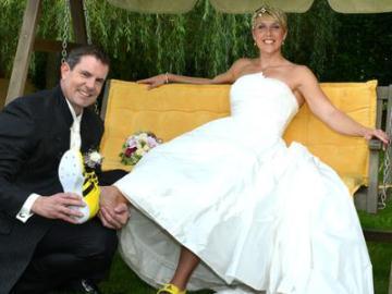 Кристина Обергфелль продает свадебное платье