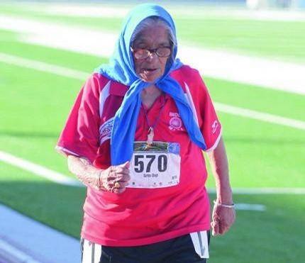 61-летняя крестьянка, бежавшая босиком, выиграла индийский марафон