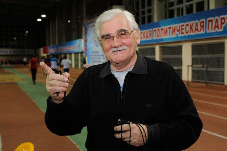 Евгений Трофимов - факелоносец эстафеты Олимпийского огня