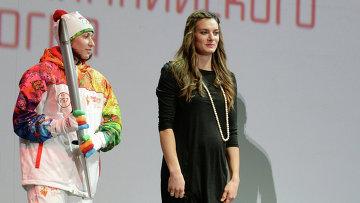 Исинбаева заявила, что Татьяна Лебедева была для нее примером в спорте