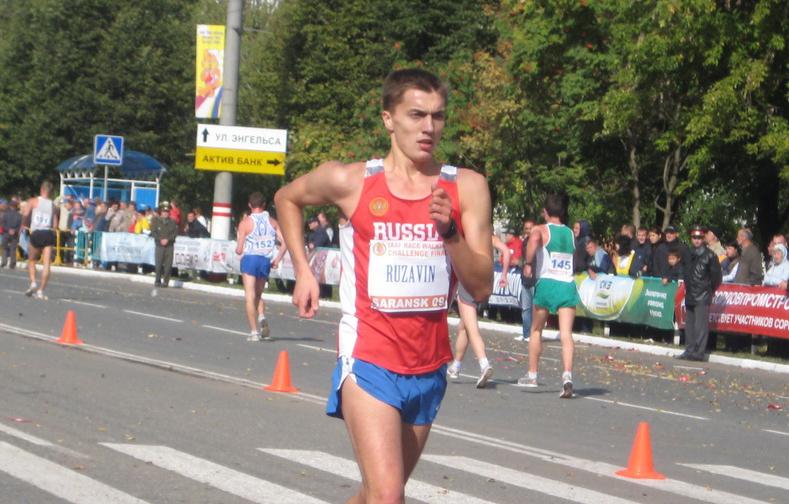 Рузавин финишировал третьим в заходе на 20 км на Кубке мира
