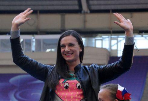 Российские легкоатлетки выполнят материнский долг