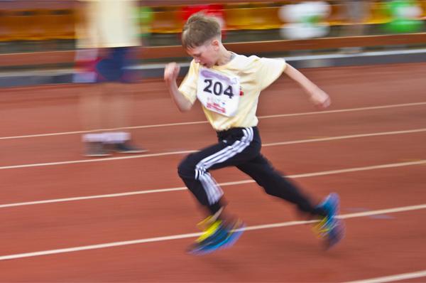 10-летний мальчик установил мировой рекорд в беге на милю