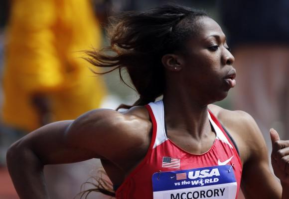 Франсена Маккорори установила лучший результат сезона в беге на 400 метров