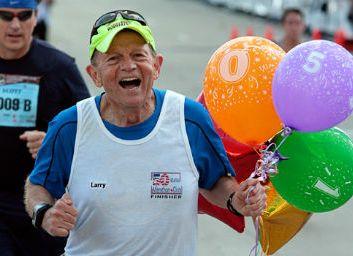 69-летний бегун побил мировой рекорд по количеству марафонов за год
