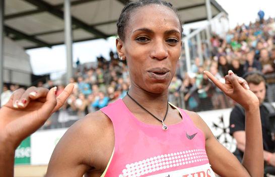 Хивот Айалев с рекордом сезона выиграла забег на 3000 м с/п в Глазго. Видео