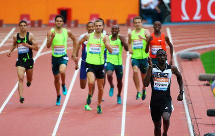 Дэвид Рудиша показал в Глазго лучший результат сезона в мире в беге на 800 м. Видео