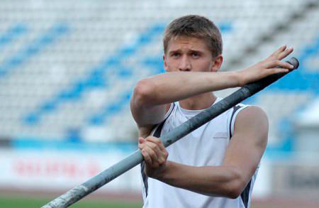 Прыгун с шестом Илья Мудров рассказал, что на ЧР настраивался на результат, а не на победу