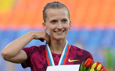 Анжелика Сидорова выиграла золото Чемпионата Европы в прыжках с шестом