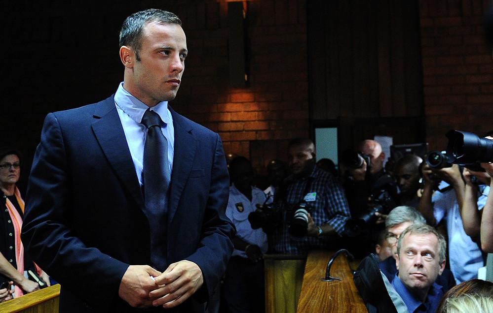 Оскар Писториус признан невиновным в преднамеренном убийстве Ривы Стенкамп