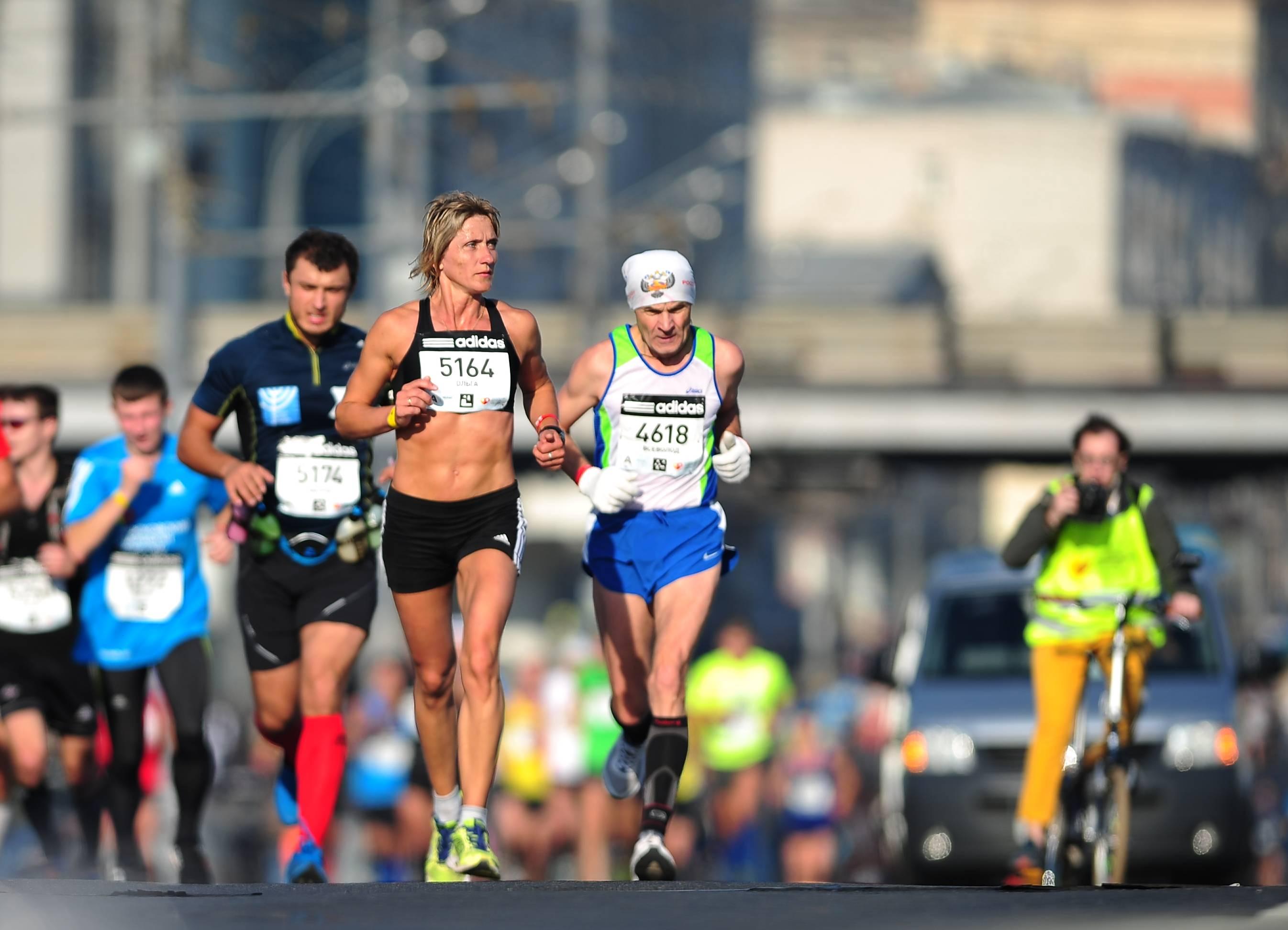 Четырём участникам Московского марафона потребовалась медицинская помощь