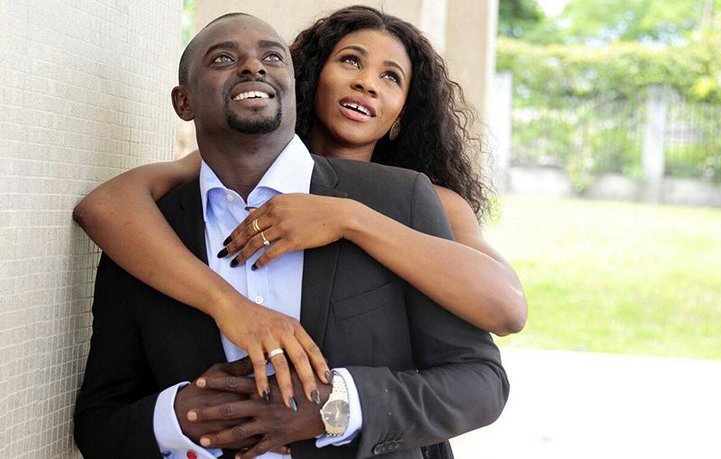 Блессинг Окагбаре вышла замуж