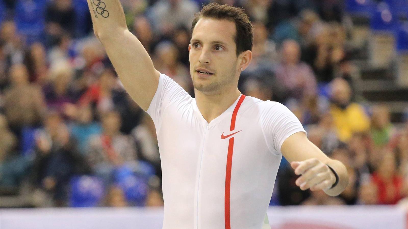 Рено Лавиллени показал лучший результат сезона на домашнем турнире в городе Невер + Видео