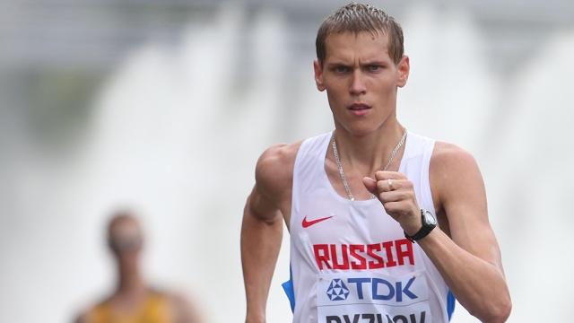 Михаил Рыжов стал чемпионом России в спортивной ходьбе на 35 км