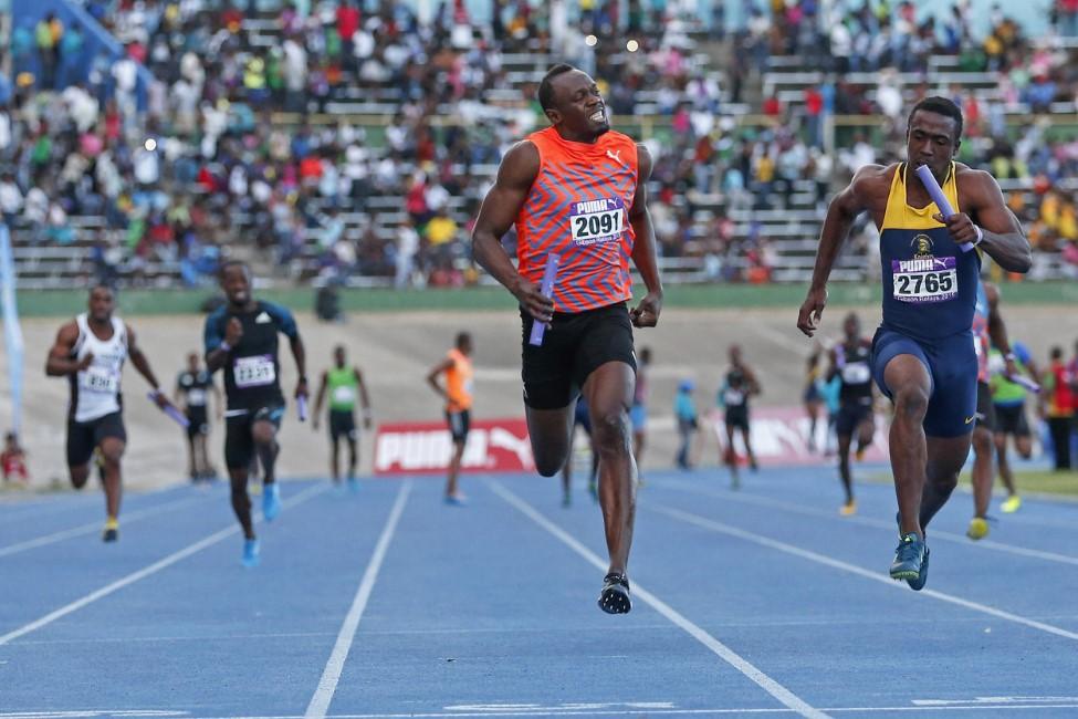 Усэйн Болт не сумел победить в эстафете 4х100 м на клубном турнире в Кингстоне + Видео