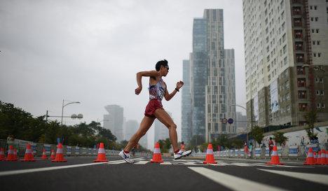 Японец Сузуки установил новый мировой рекорд в спортивной ходьбе на 20 километров