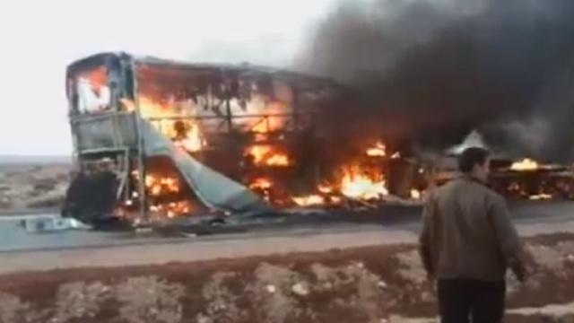 Юные марокканские легкоатлеты погибли в результате столкновения автобуса с нефтевозом