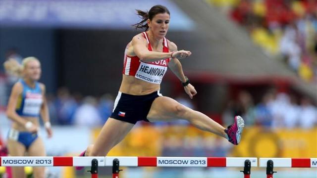 Зузана Хейнова - победительница Ostrava Golden Spike в беге на 400м с барьерами +Видео