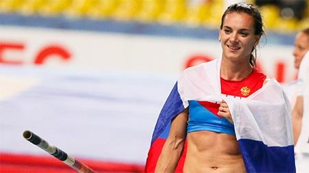 Елена Исинбаева: С 10 шагов прыгнула 4.50 +Видео