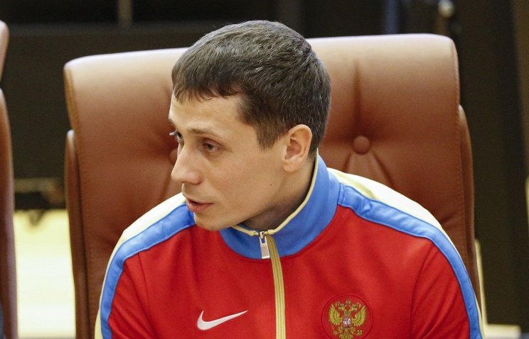 Решение по новым старшим тренерам сборной РФ будет принято в ноябре - Юрий Борзаковский