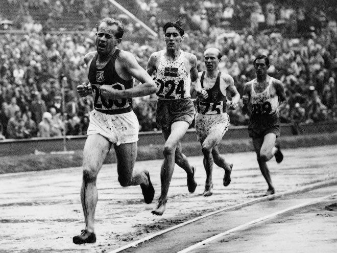 93 года назад родился именитый атлет Эмиль Затопек