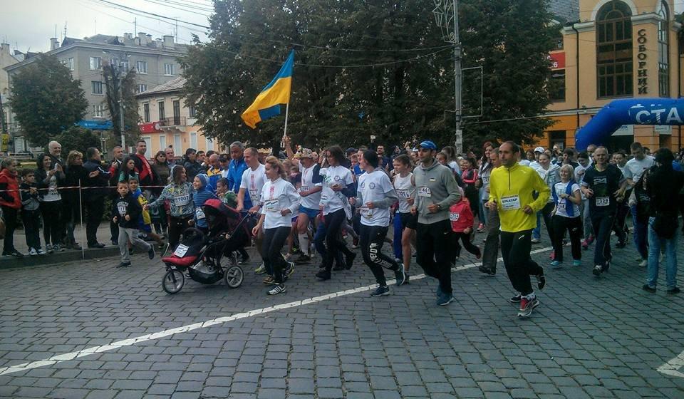 Станислав Маслов и Наталья Прищепа победители «Буковинской мили-2015»