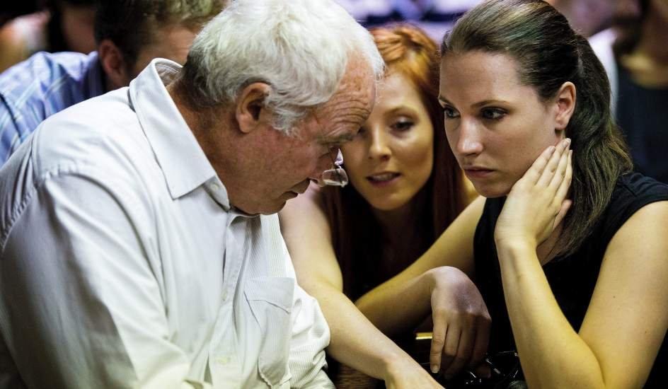 Семья Оскара Писториуса уверена, что решение по УДО откладывается намеренно