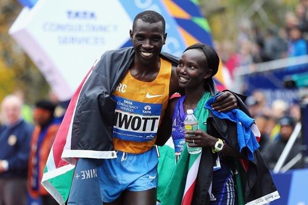 Мэри Кейтани и Стэнли Бивотт одержали победы  в Нью-Йоркском марафоне
