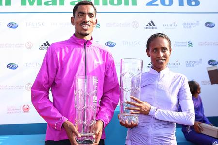 Тесфайе Абера и Тирфи Тсегай - победители Standard Chartered Dubai Marathon