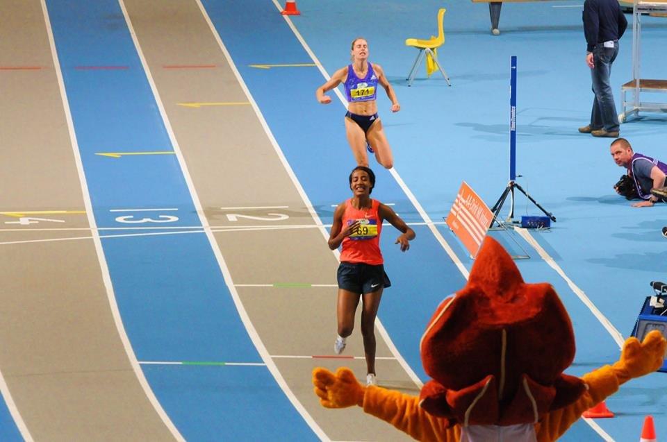 Сифан Хассан стала чемпионкой страны на 800м +Видео