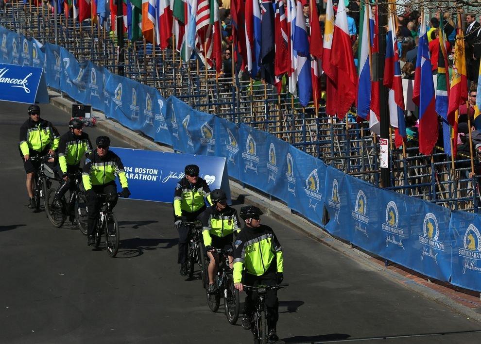 Правоохранители усилят меры безопасности на Бостонском марафоне