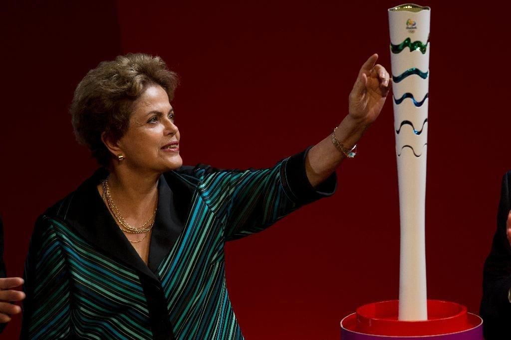 Президент Бразилии отменила визит на церемонию зажжения олимпийского огня