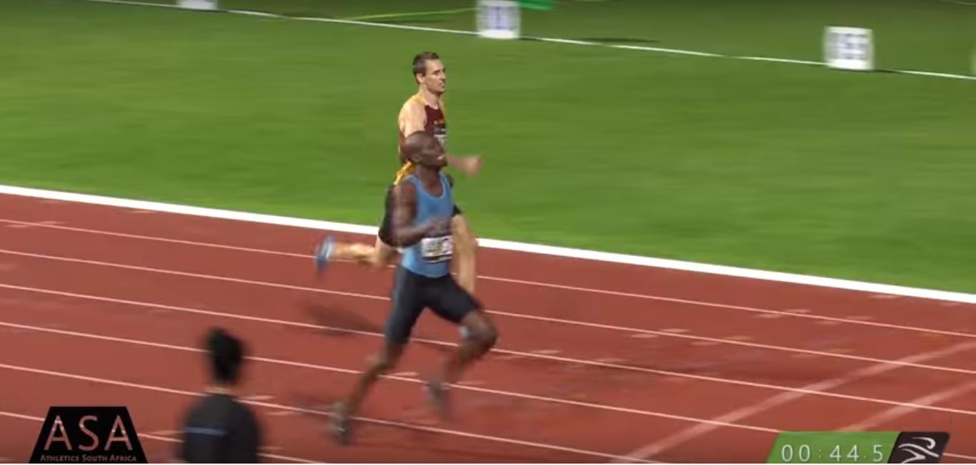 Найджел Амос показал высокий результат на 400 м +Видео