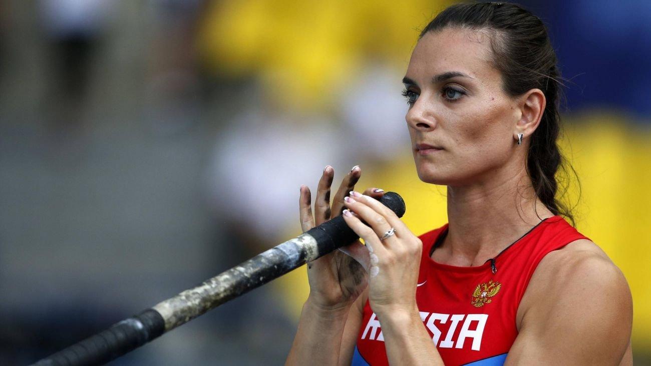 Елена Исинбаева обратится в суд по правам человека, если российским легкоатлетам запретят выступать на ОИ