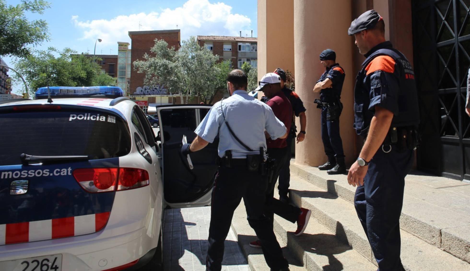 В ходе операции по борьбе с допингом испанская полиция арестовала тренера Гензебе Дибабы