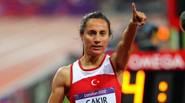 Турецкой бегунье Аслы Чакыр Алптекин может быть сокращена дисквалификация за сотрудничество с WADA