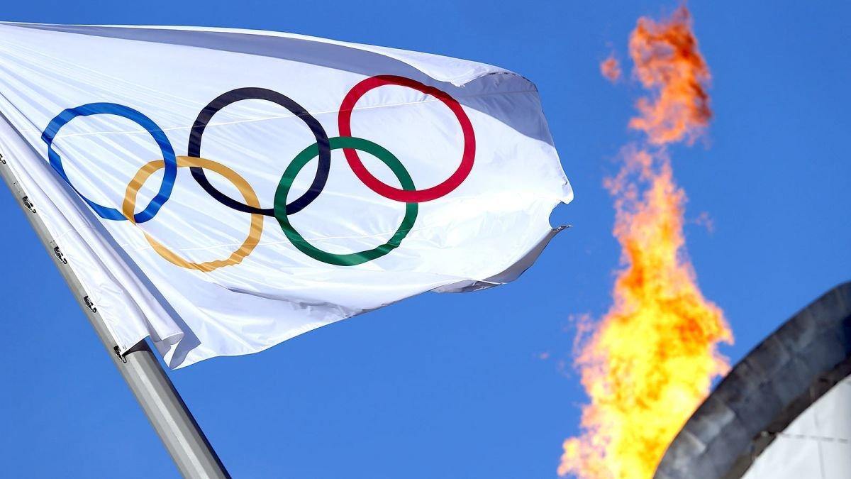 Российским легкоатлетам разрешили выступить в Рио под нейтральным флагом