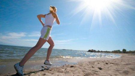 Бег летом: как тренироваться в жаркую погоду