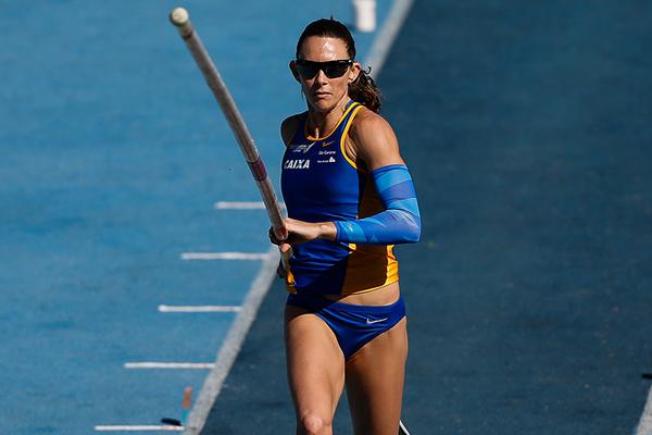 Фабиана Мюрер взяла высоту 4,87 м на чемпионате Бразилии