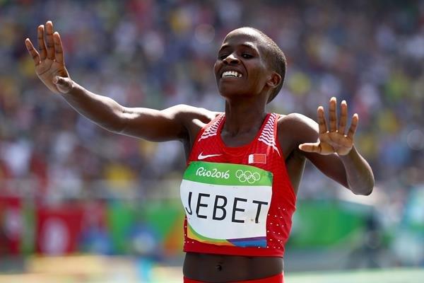Рут Джебет из Бахрейна стала олимпийской чемпионкой в беге на 3000 метров с препятствиями